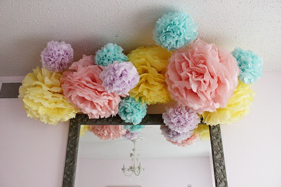 paper pom-poms with their own hands