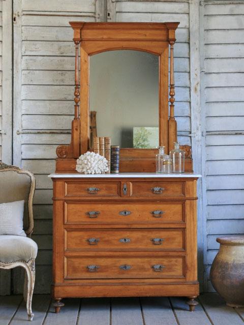 Дизайн зеркал в интерьере фото