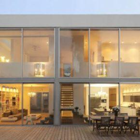 Дизайн: Современный особняк House N в Израиле