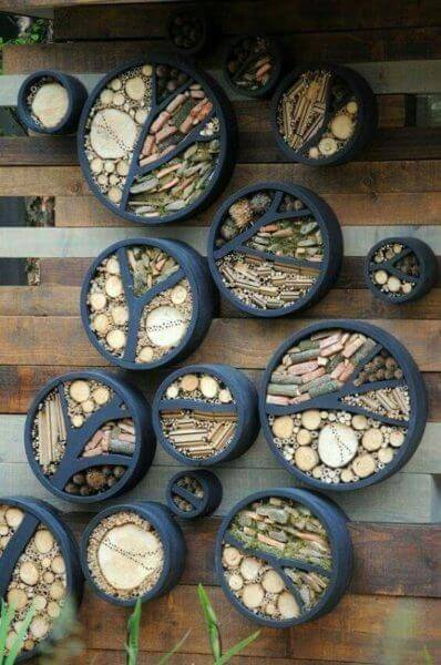 Flower beds of tires photo 09