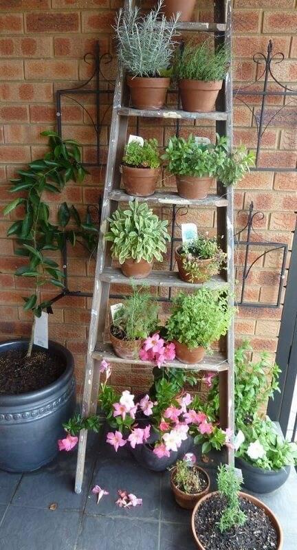 Огород на балконе фото 25