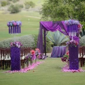 свадьба в фиолетовом цвете арка фото 003