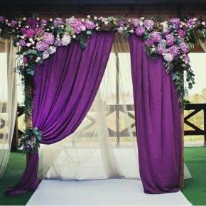 свадьба в фиолетовом цвете арка фото 009