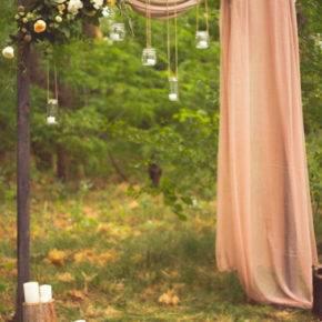 свадьба в стиле рустик арка фото 009