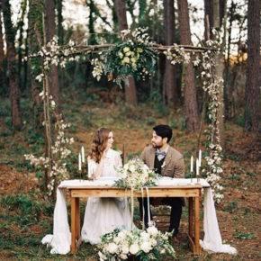 свадьба в стиле рустик арка фото 013