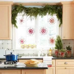 как украсить окно на новый год фото 30