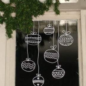 как украсить окно на новый год фото 37