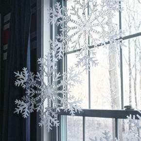 как украсить окно на новый год фото 43