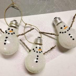новогодние игрушки из лампочек фото 021