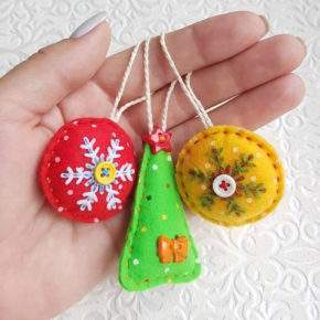 новогодние игрушки своими руками из ткани фото 045