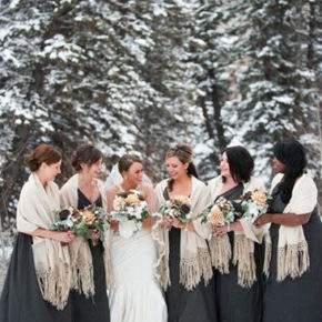 что одеть на свадьбу зимой фото 19